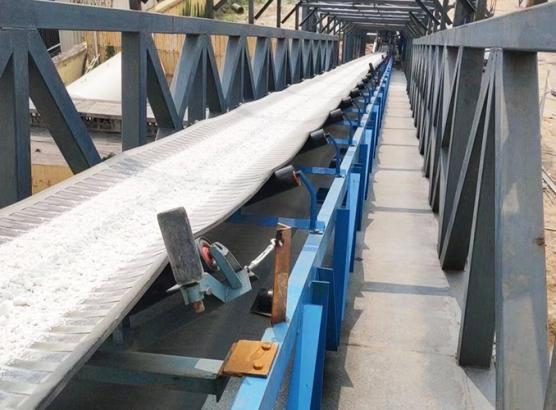 湖南長葛鋼鐵廠400米皮帶生產線